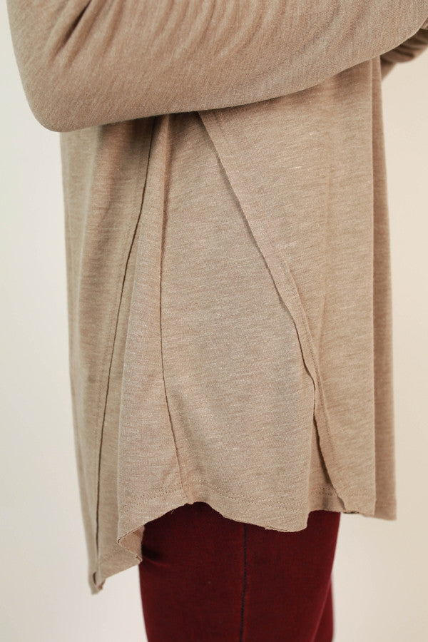 Fond Of Fashion Week V-neck Tee in Warm Taupe