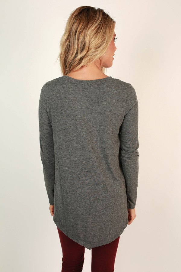 Fond Of Fashion Week V-neck Tee in Fog