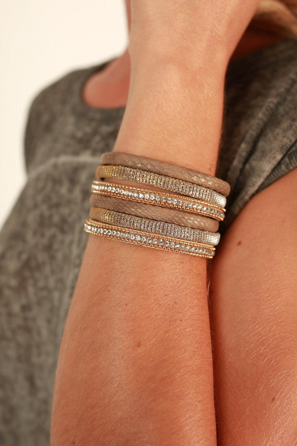 Brilliant Beauty Magnetic Bracelet in Gold