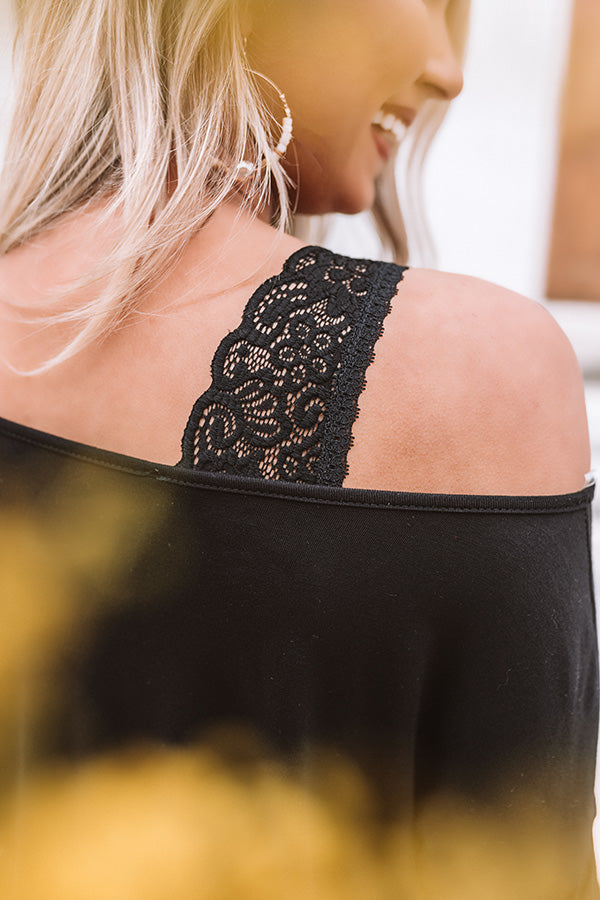 Everyday Essential Padded Lace Bralette in Black