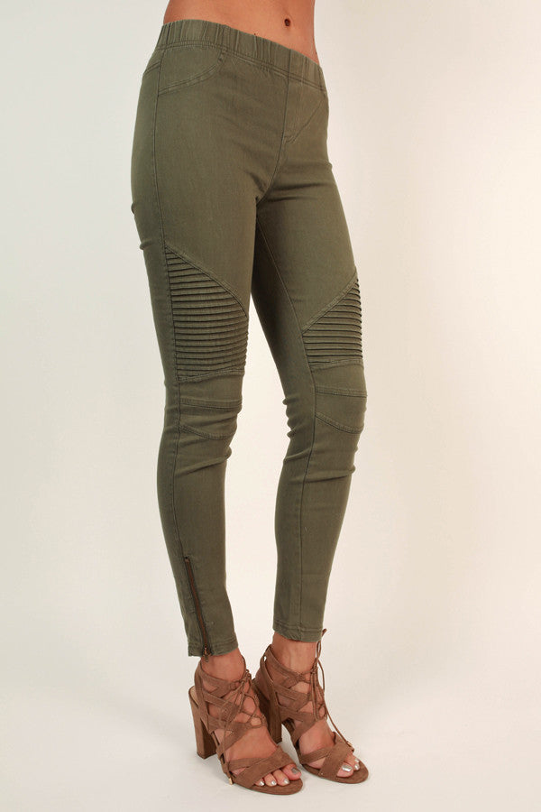 The Tallulah Legging in Army Green