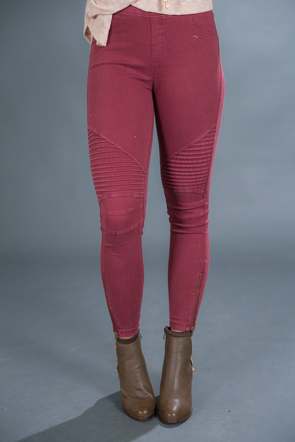The Tallulah Legging in Sangria