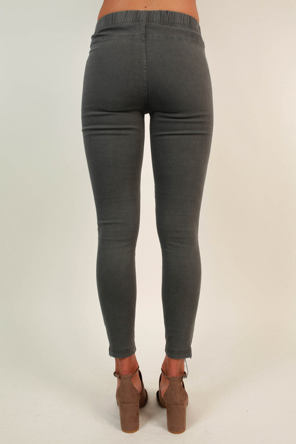 The Tallulah Legging in Dark Grey