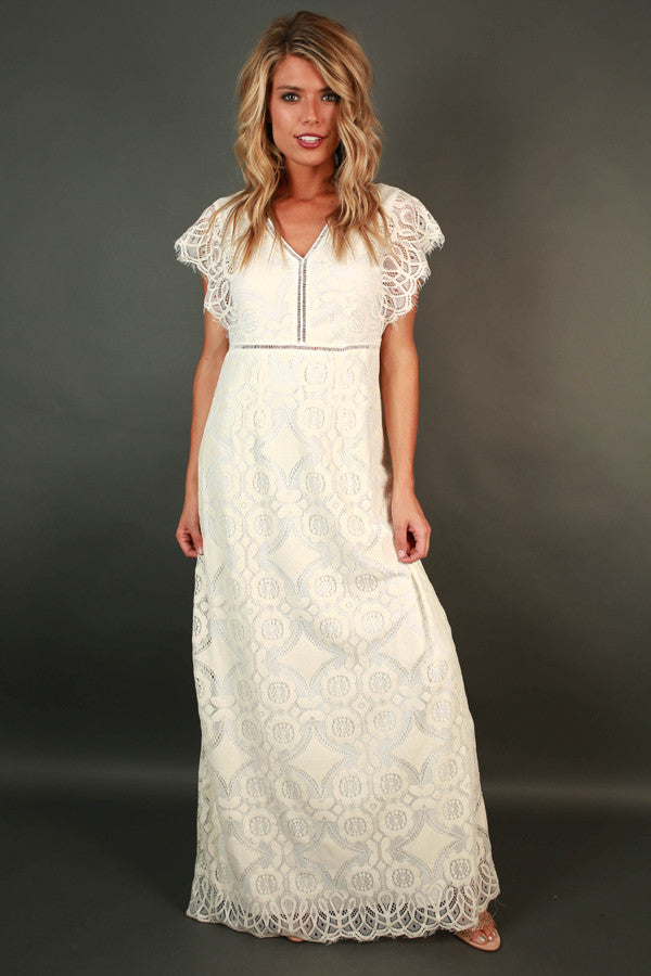 Striking A Pose Lace Maxi in Cream