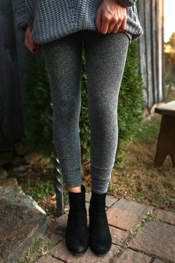 Lovely Layers Textured Seamless Legging in Fog