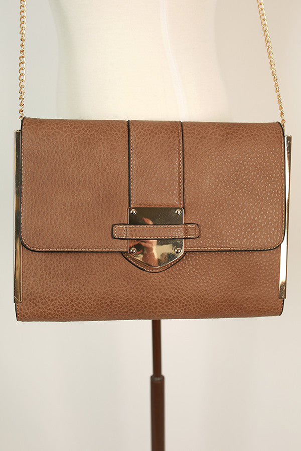 City Sleek Clutch in Mocha