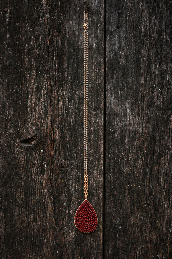 Beaded Beauty Necklace in Maroon