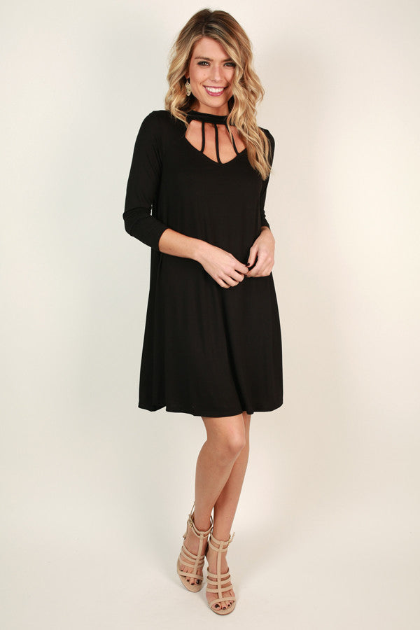 Cali Romance Cut Out Shift Dress In Black
