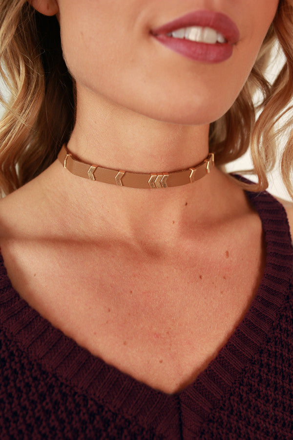 Find Your Way Choker Necklace in Tan