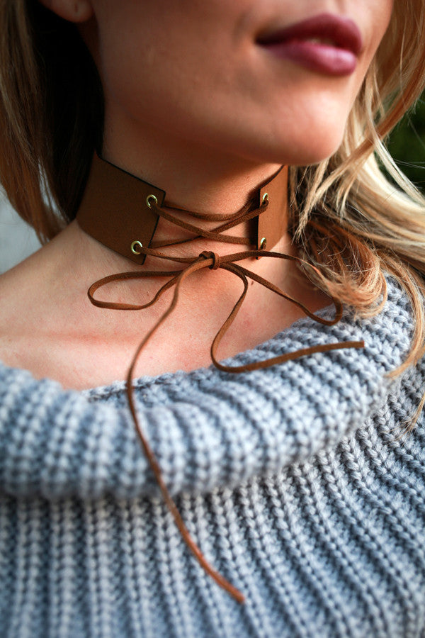 Lovely Lace Up Choker Necklace in Brown