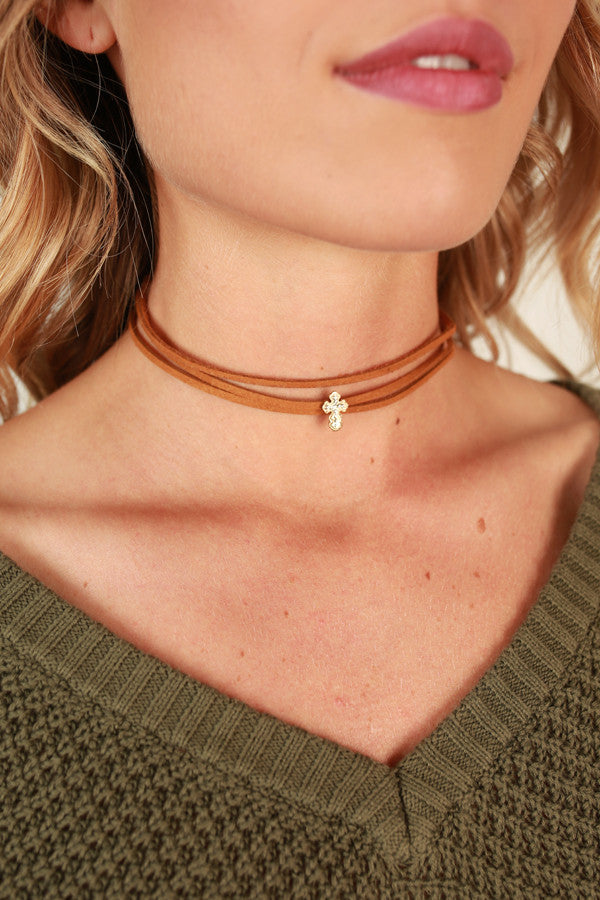 Believer Choker Necklace in Brown