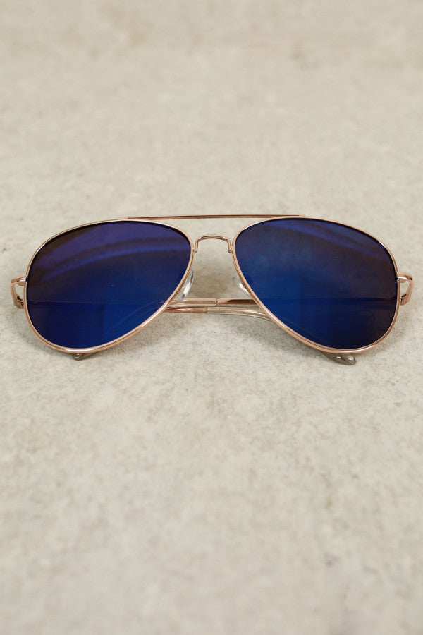 Beverly Hills Livin' Aviator Sunglasses In Indigo
