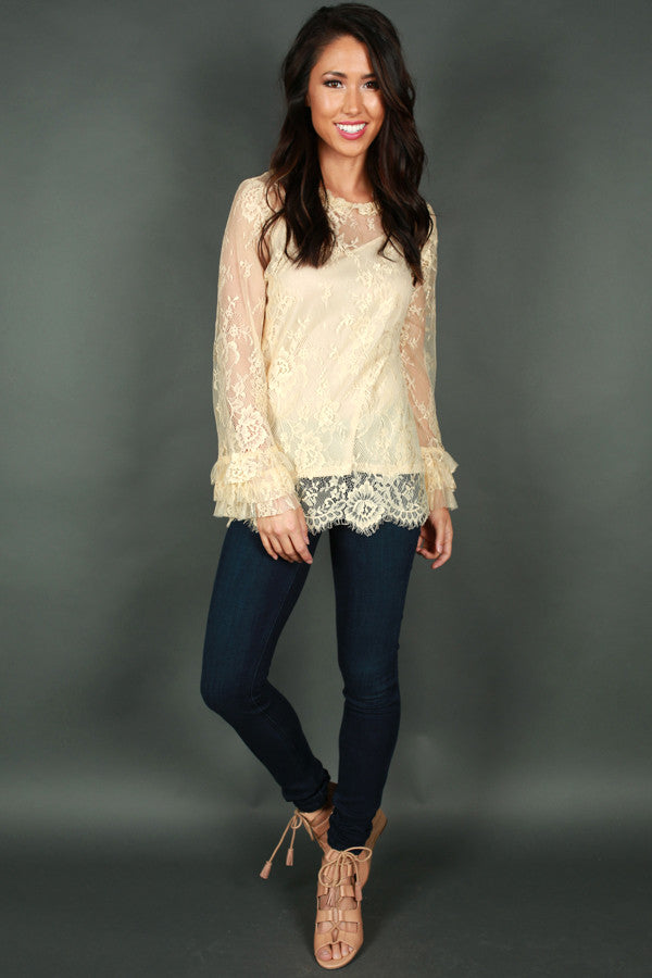 Chic My Interest Lace Top in Cream