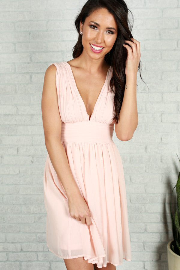 Struck Sweetheart Dress in Peach
