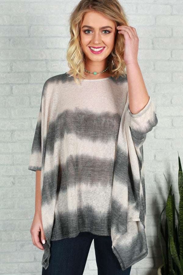 Mimosa and Matinee Tie Dye Top in Slate