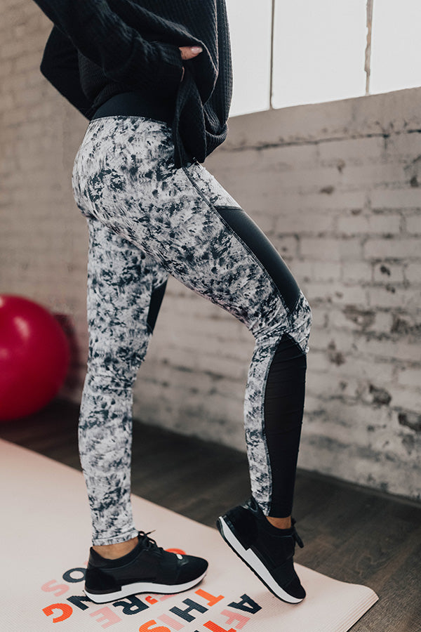 Breaking The Rules Mid Rise Legging in Grey