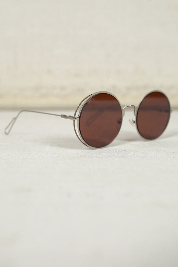 Around The Clock Sunglasses in Brown