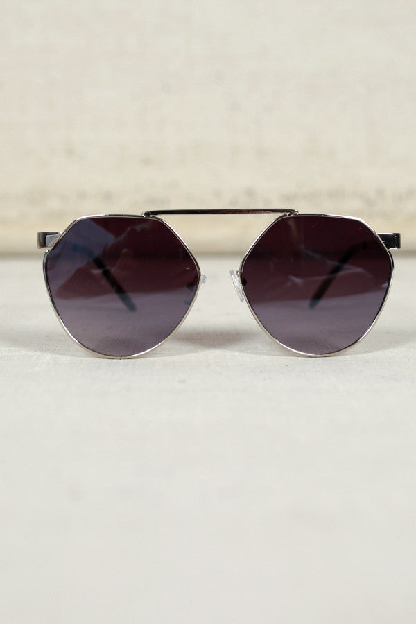 Playful Appearance Sunglasses in Black