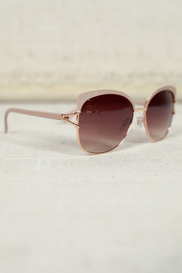 Chic Weekend Sunnies in Birch