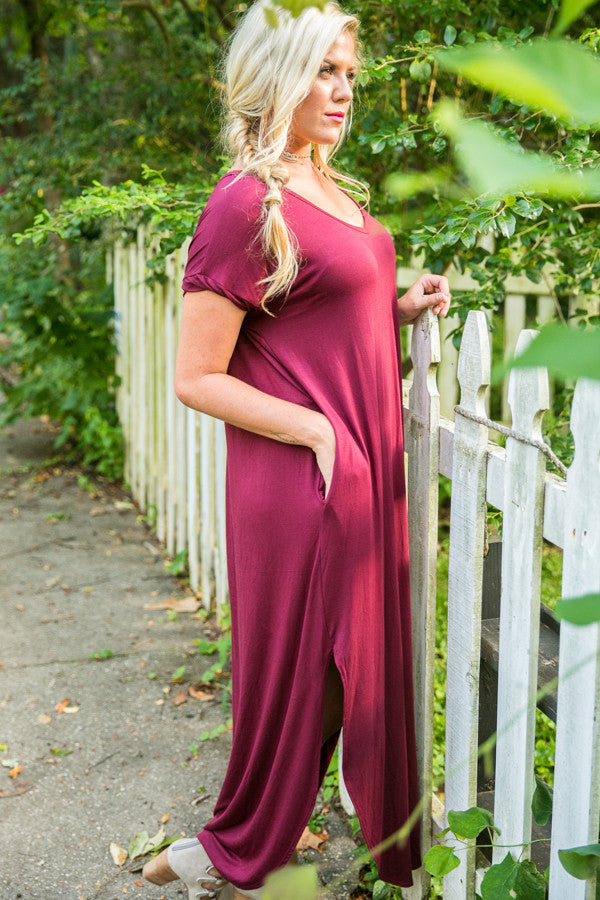 Beachy Keen T-Shirt Maxi in Wine