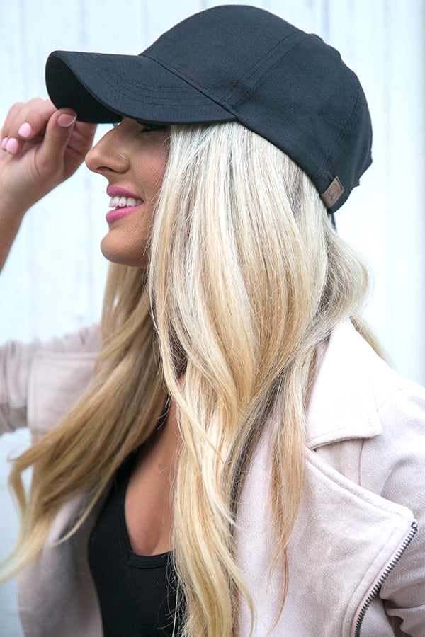 Hey Gorgeous Baseball Cap in Black