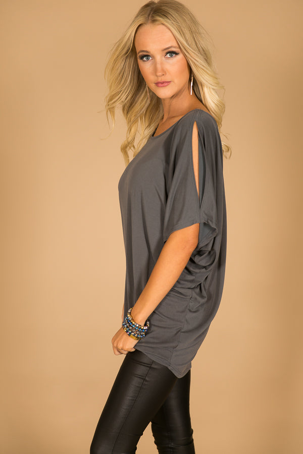 Casual Sweetheart Cold Shoulder Top In Charcoal