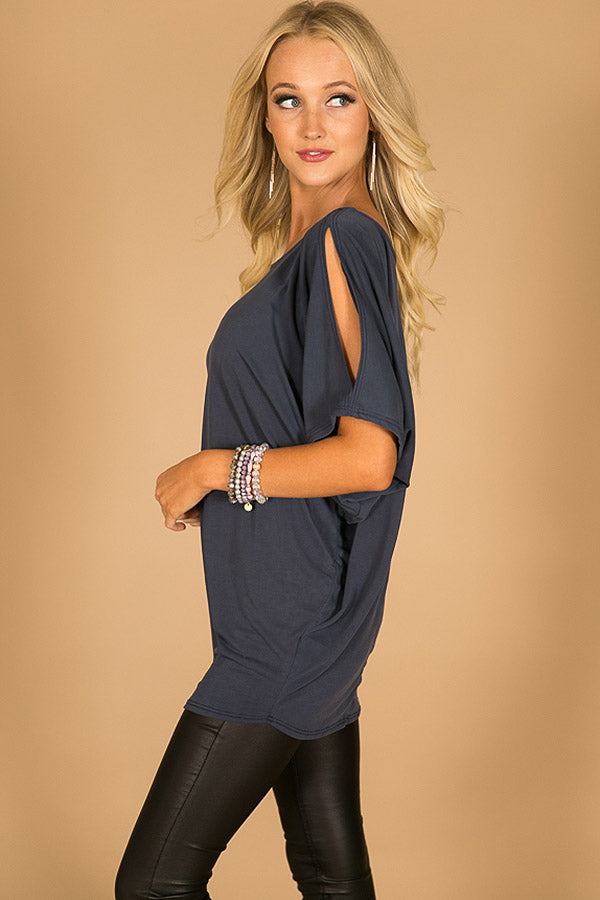 Casual Sweetheart Cold Shoulder Top In Navy