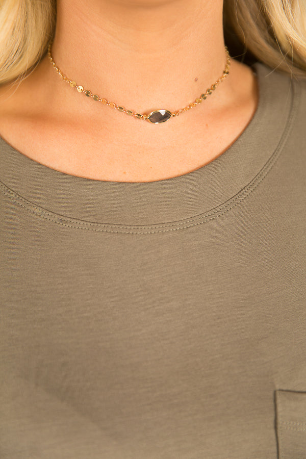 Bon Voyage Choker In Dark Grey
