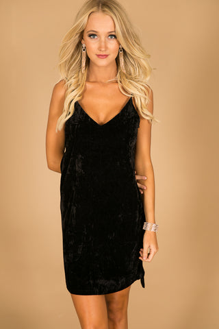 Pinot Party Velvet Dress in Black