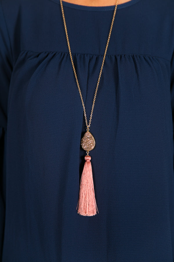 Bring On The Bubbly Druzy Necklace In Blush