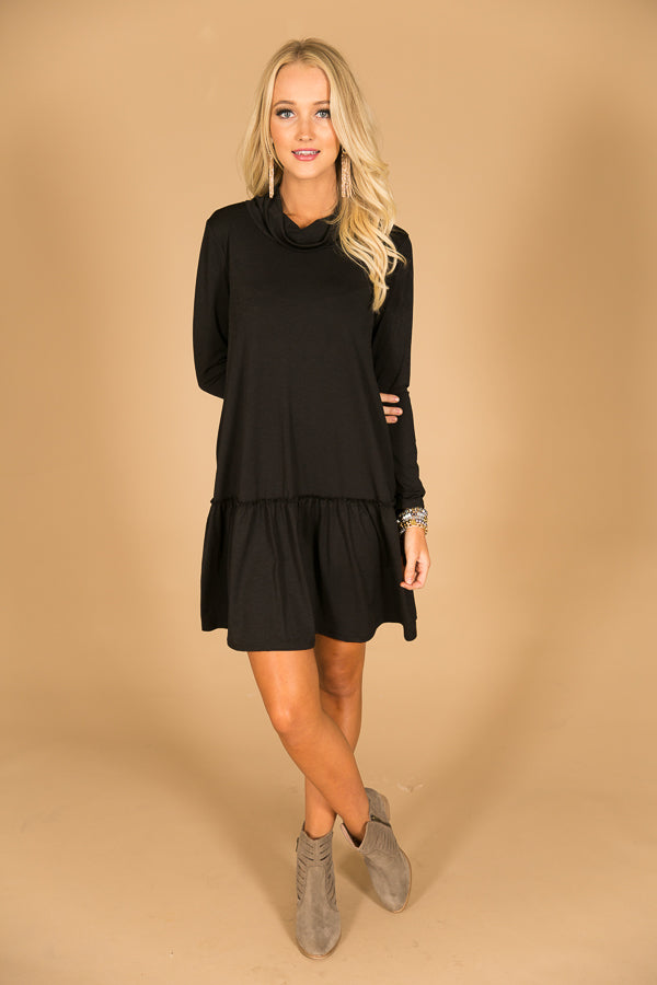Coffee and Cuddles Shift Dress in Black
