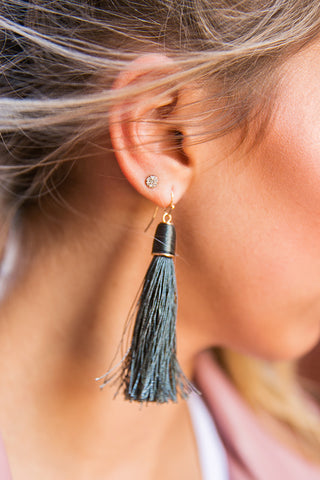 Chic Street Tassel Earrings in Hunter Green
