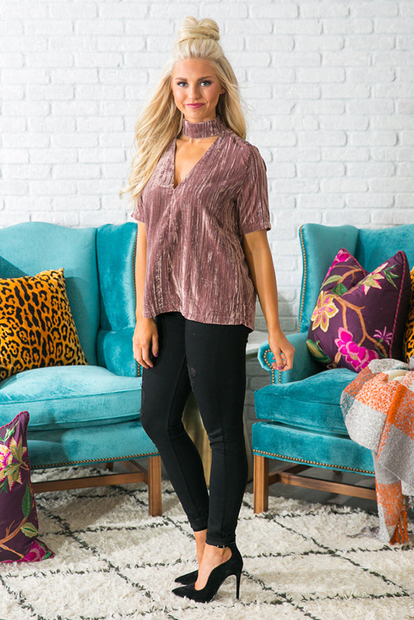 Dramatic Entrance Velvet Shift Top in Dusty Purple
