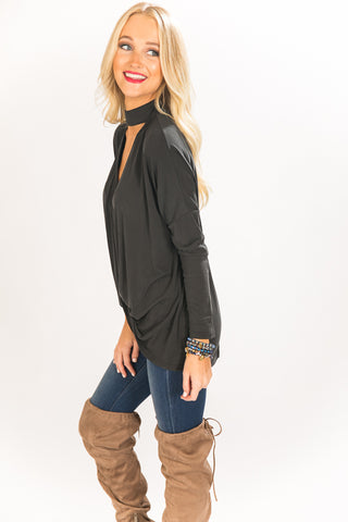 Transition Style Knot Top in Black