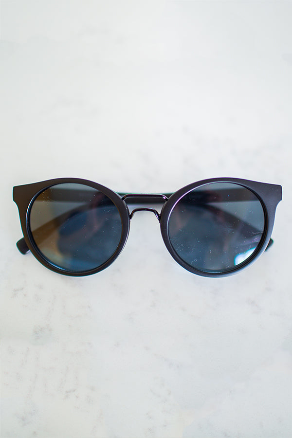 Daydreamer Sunglasses In Black