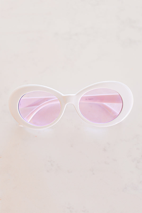 Poolside Pretty Sunglasses In Pink