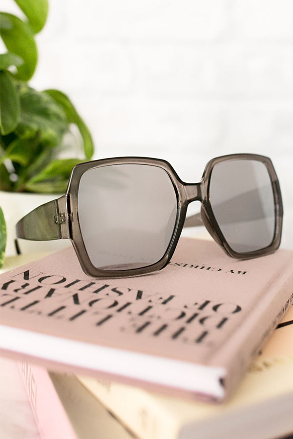 Bright Future Sunglasses In Dark Grey
