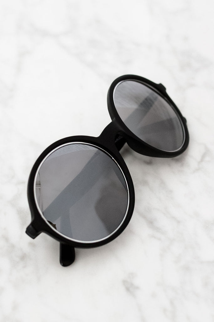 See Ya A-round Sunnies in Matte Black