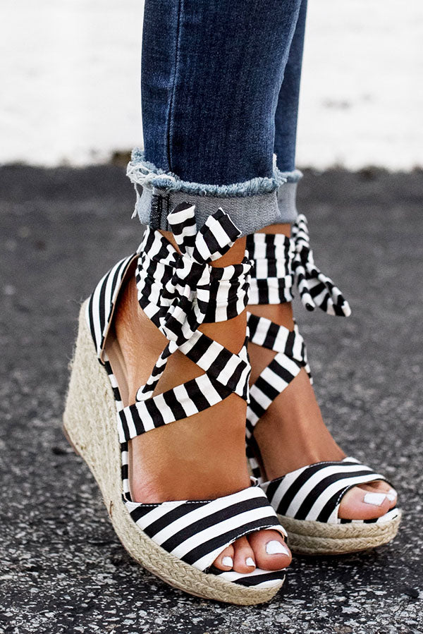 The Ashton Stripe Wedge In Black