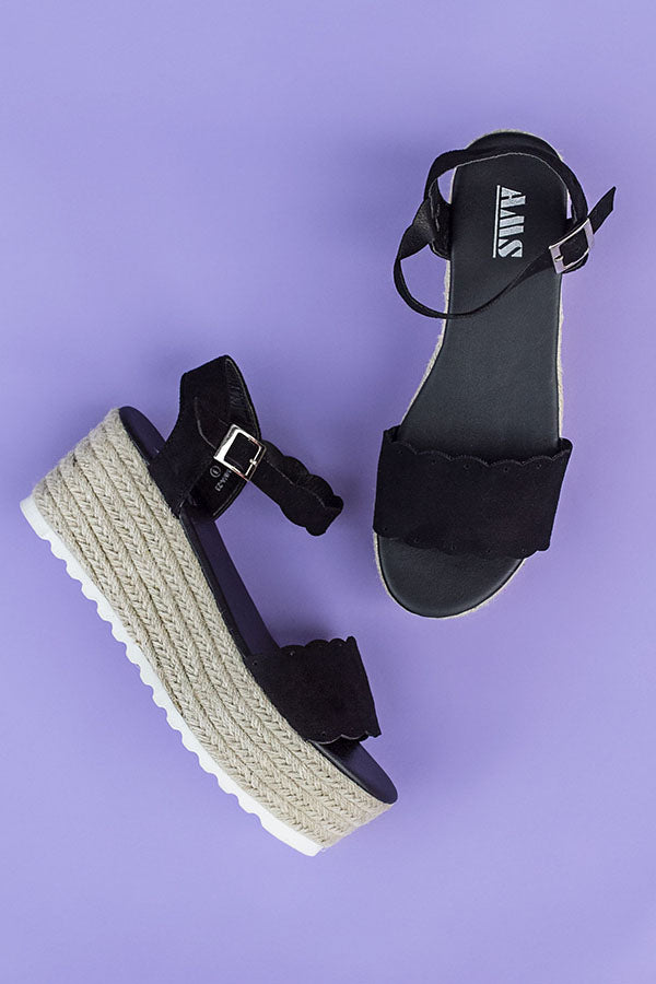 Seaside Heights Scallop Espadrille in Black