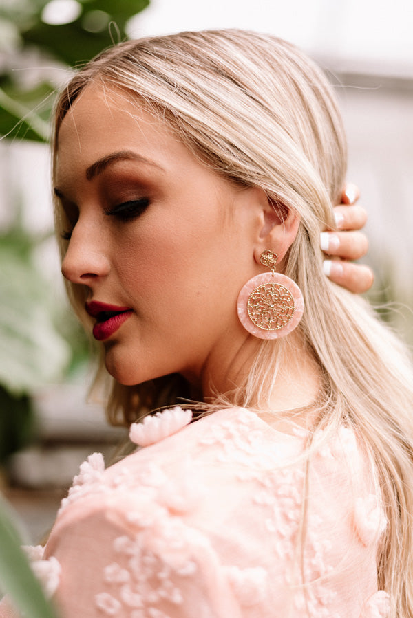 Brunch And Bubbly Earrings In Pink