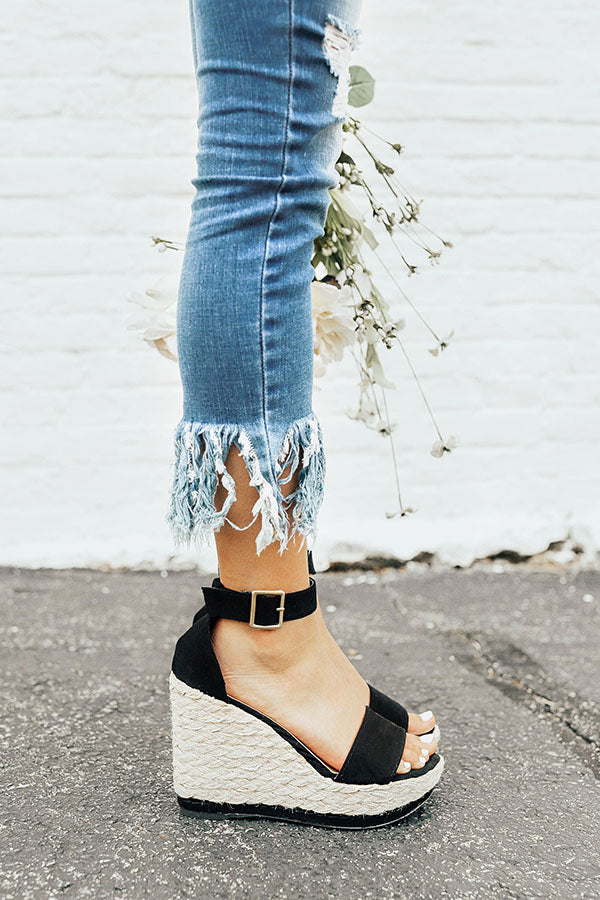 The Lana Wedge in Black