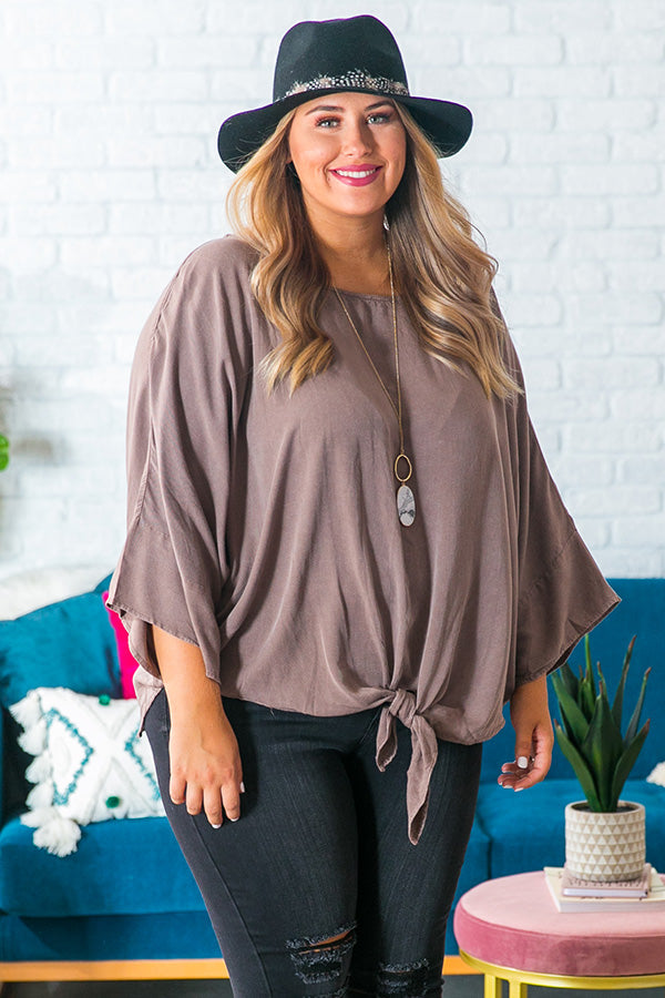 Chardonnay Sipping Shift Top in Mocha