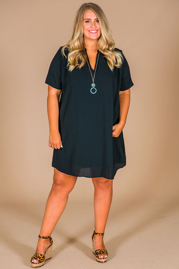 Simply Chic Shift Dress In Black