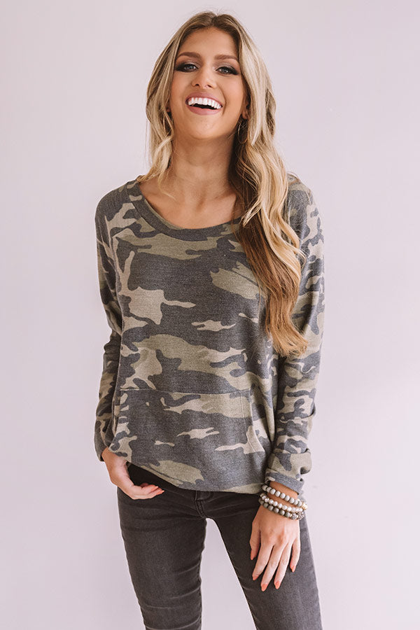 Well Traveled Camo Shift Top in Army Green