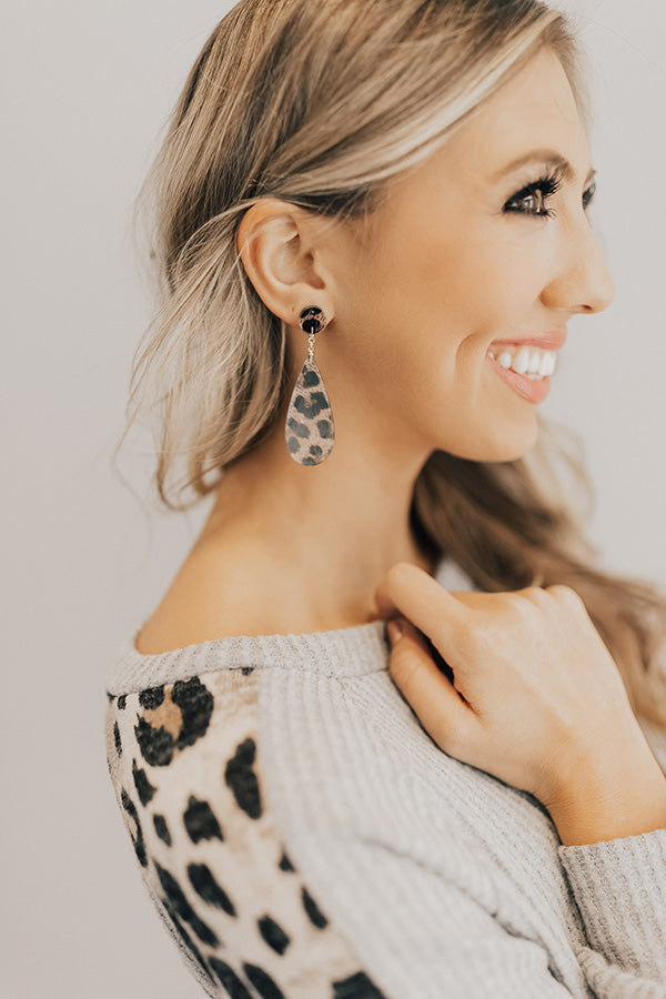 Casually Crushing Leopard Earrings In Grey