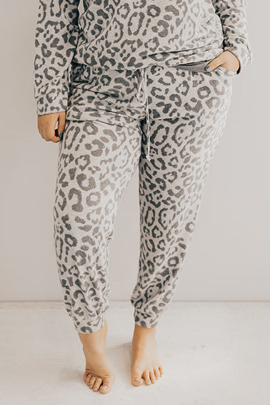 Obsessed With The Spotlight Leopard Joggers