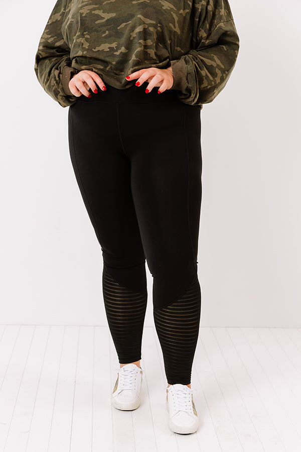 Run Time Midrise Burnout Mesh Legging
