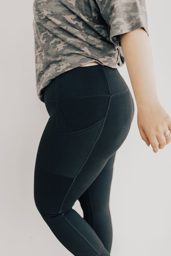 You Glow Girl Midrise Pocket Legging in Black