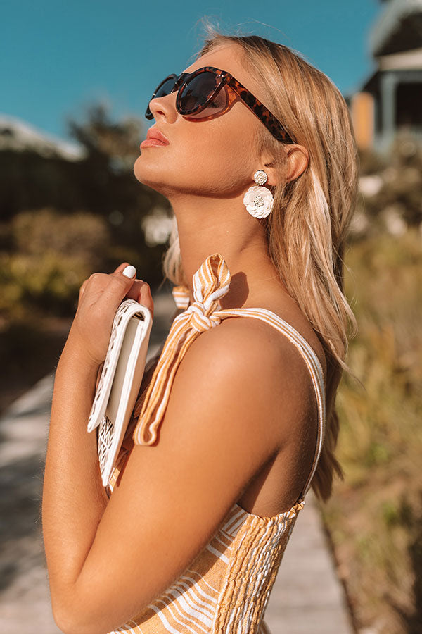 Keep It Tropical Earrings In Ivory